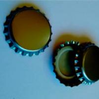 Fábrica de tampas metálicas